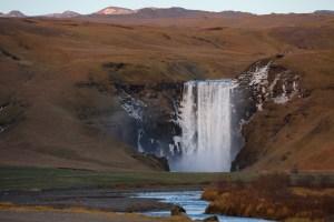 road-trip en Islande cascade skogafoss
