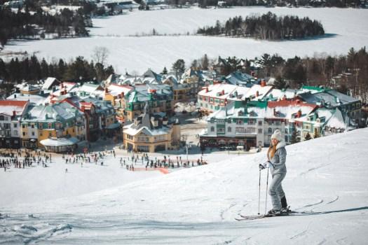 Ski dans la station du Mont Tremblant au Québec