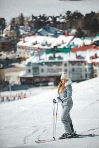 Ski à la station du Mont Tremblant au Québec