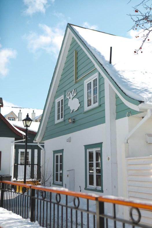 Maison dans la station du Mont Tremblant en hiver