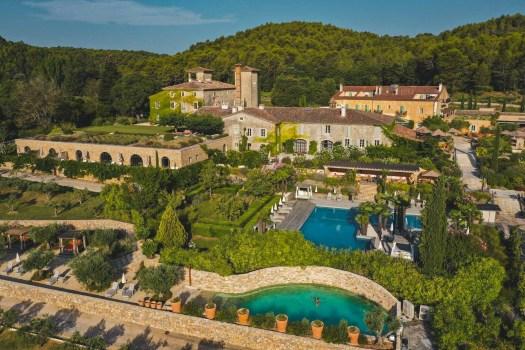 chateau de Berne hotel var blog