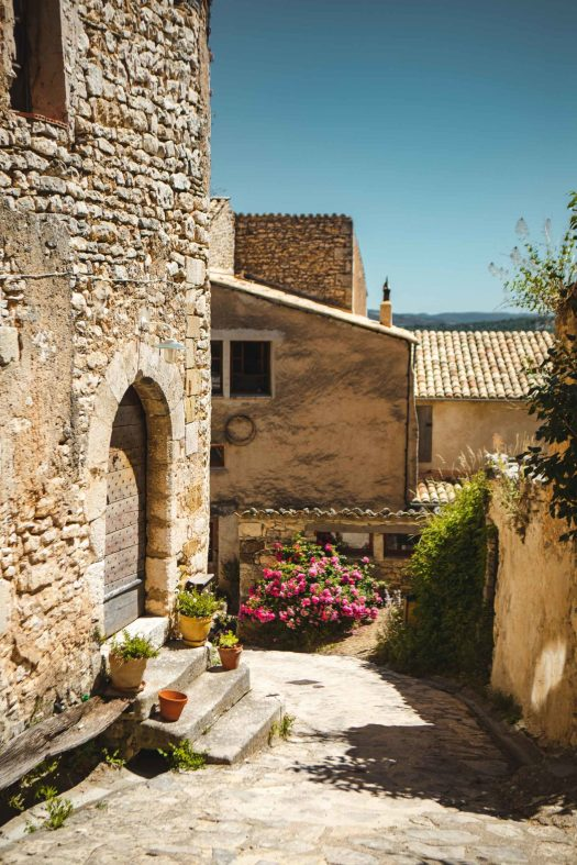 Simiane-la-Rotonde Alpes de Haute Provence village
