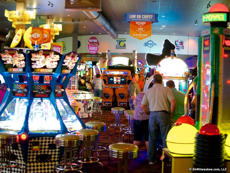 Dave Buster S Blasts The Fun Onmilwaukee