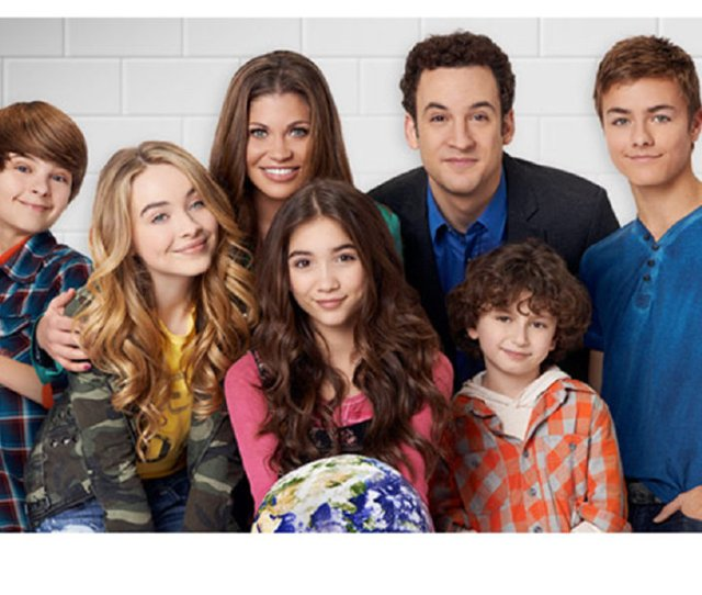 Girl Meets World Continues Where Boy Meets World Left Off But Comes From The Perspective Of Cory And Topangas Daughter Riley