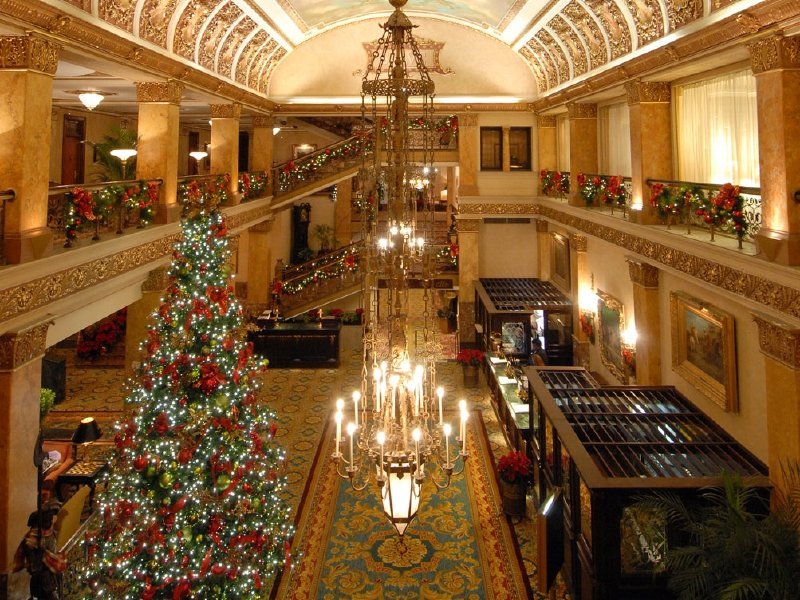 The Pfister lights up for the holidays  OnMilwaukee