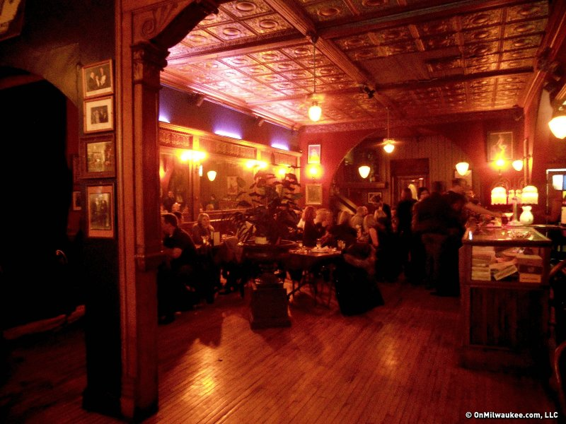 Shakers Cigar Bar combines old world atmosphere and even