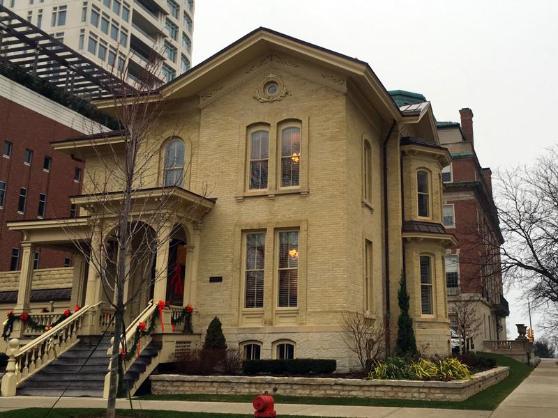 7 great Milwaukee Cream City brick buildings