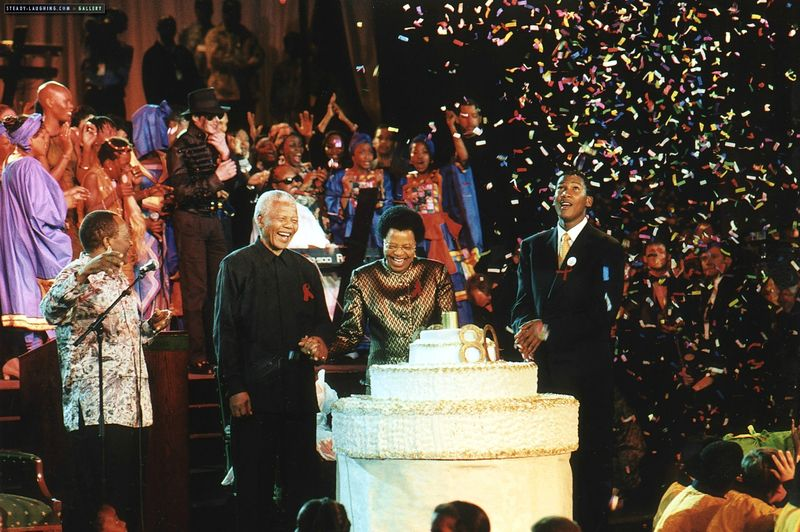 michael-visits-nelson-mandela-to-celebrate-his-80th-birthday(119)-m-6