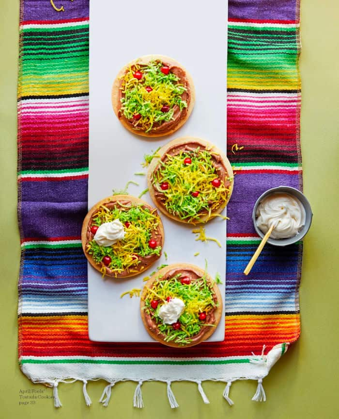 Cookies that look like Mexican tostadas from overhead