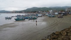 Puerto Lopez where all tours to the Isla leave from. Lots of fishing and construction.