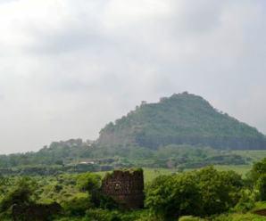 インドおすすめ3遺跡!!その2、エローラ石窟群