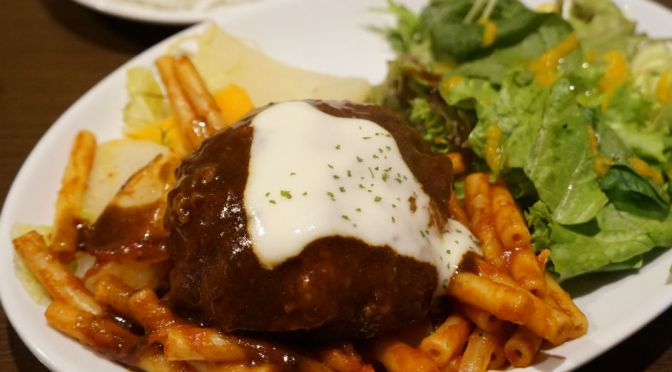 春日「レストランツムラ」正統派の洋食屋、ハンバーグもグラタンもスキのない美味しさ。