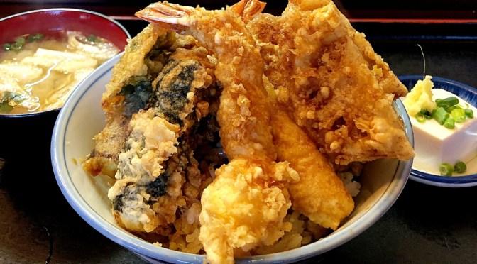 赤羽「天富士」迫力のビジュアル美味しい天丼。