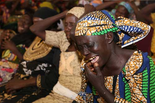 PHOTOS: TEARS FLOW AS PRESIDENT MUHAMMADU BUHARI MEETS PARENTS OF CHIBOK GIRLS