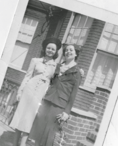 Rachel's Great Grandma with her sister.  Can you tell which one is older?