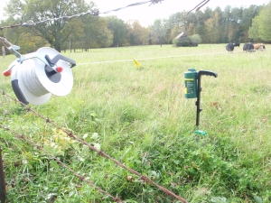 Here's an example of a reel set up courtesy of the Georgia Grazing Lands Conservation Coalition