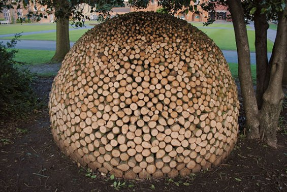 creative-wood-pile-stacking-art-17-581769976af95__605