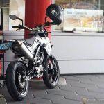 KTM-390-Supermoto_nyit