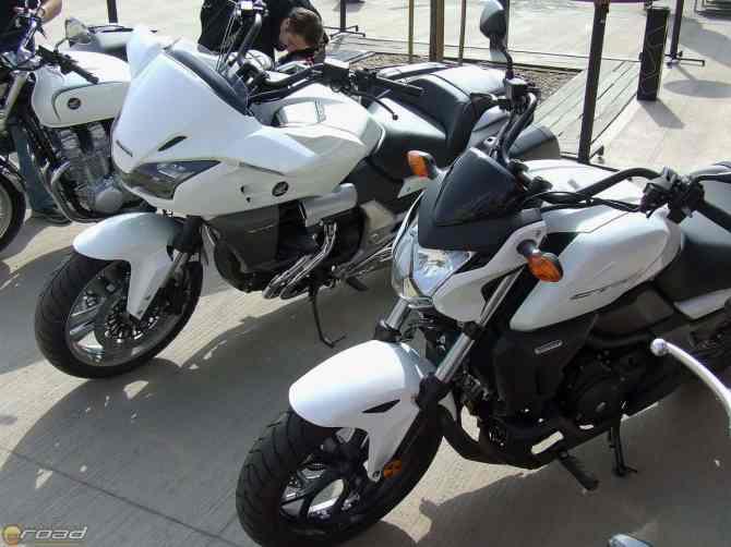 CTX1300 & 700