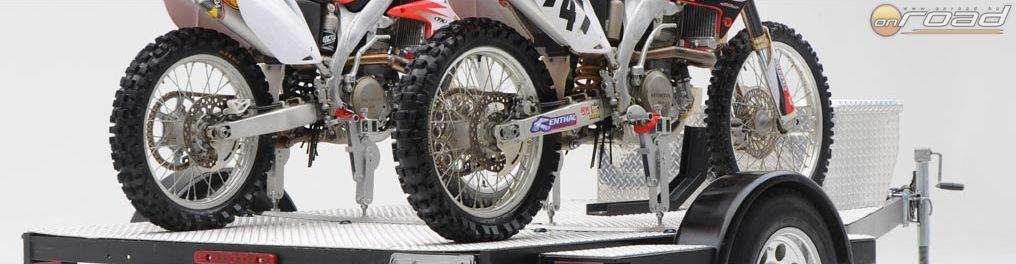A MotoCinch hasonló szerkezete ellenben bármilyen motor szállítására alkalmas