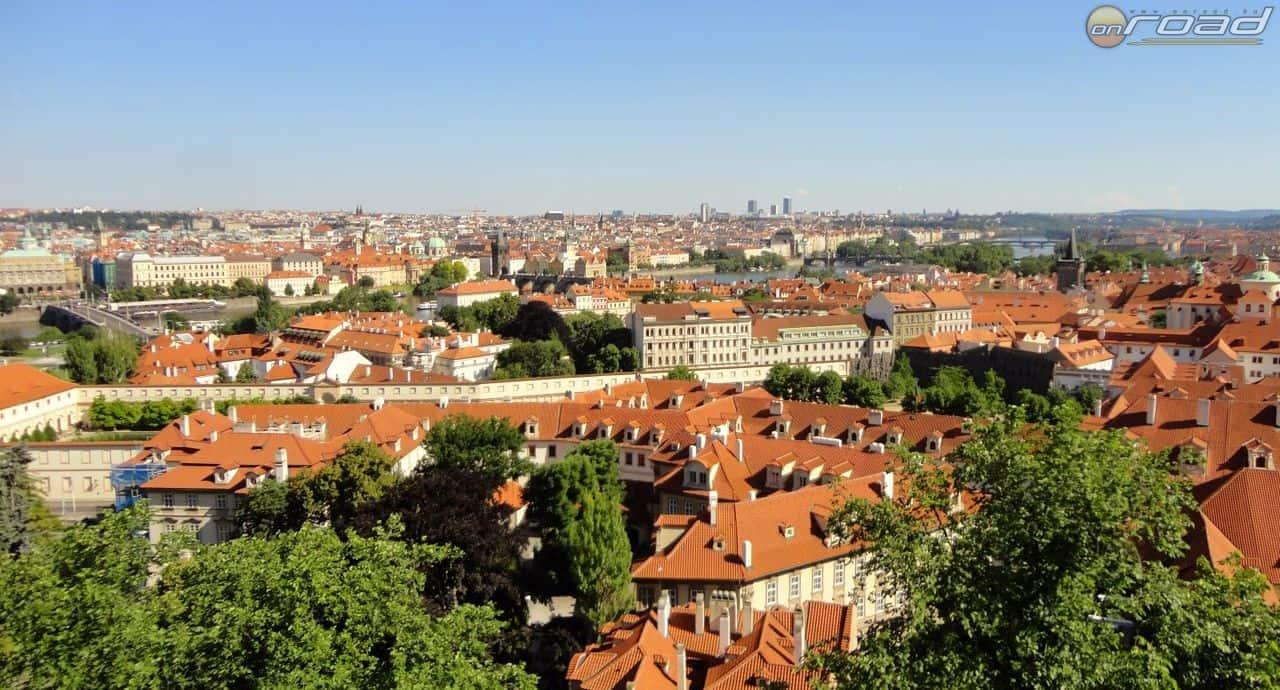 Prágai panoráma a várból
