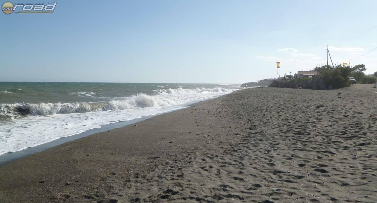A tenger eléggé nyugtalan képet mutat