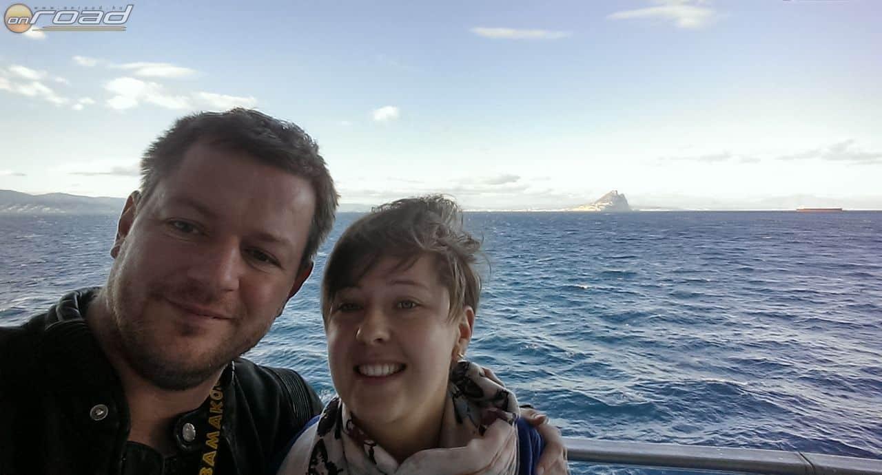 Gibraltári sziklás szelfi