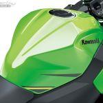 Kawasaki_ninja_400_onroad_03