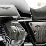 Moto-Guzzi-V7-Carbon-Shine-Onroad-10