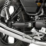 Moto-Guzzi-V7-Carbon-Shine-Onroad-8