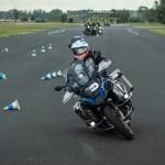 A vezetéstechnikai tréningeken szinte kizárható minden személyes kontaktus. Ugyanakkor a közlekedésbiztonság szempontjából nekünk, motorosoknak tavasszal nagyon hasznosak lehetnek