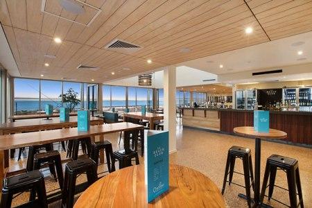onslow-beach-club-deck