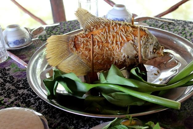 poisson cuit à la mode vietnamienne