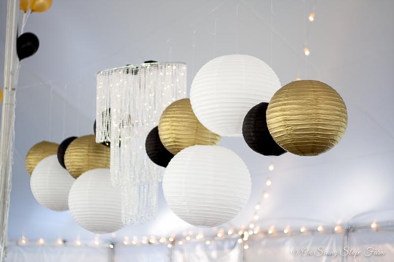 Black white gold wedding theme decorations-8