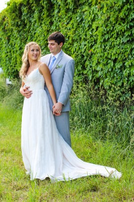 Jordan + Kevin Wedding On Sunny Slope Farm Wedding Venue by Linda Hexter Photography (17 of 30)