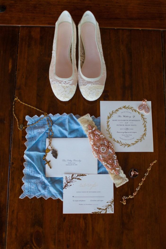 Mary + Patrick Wedding On Sunny Slope Farm Wedding Venue by Feather & Oak Photography (1 of 31)