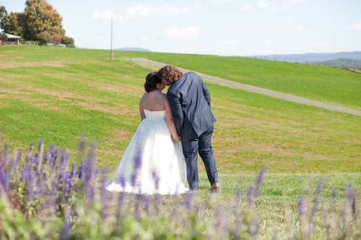Mary + Patrick Wedding On Sunny Slope Farm Wedding Venue by Feather & Oak Photography (10 of 31)