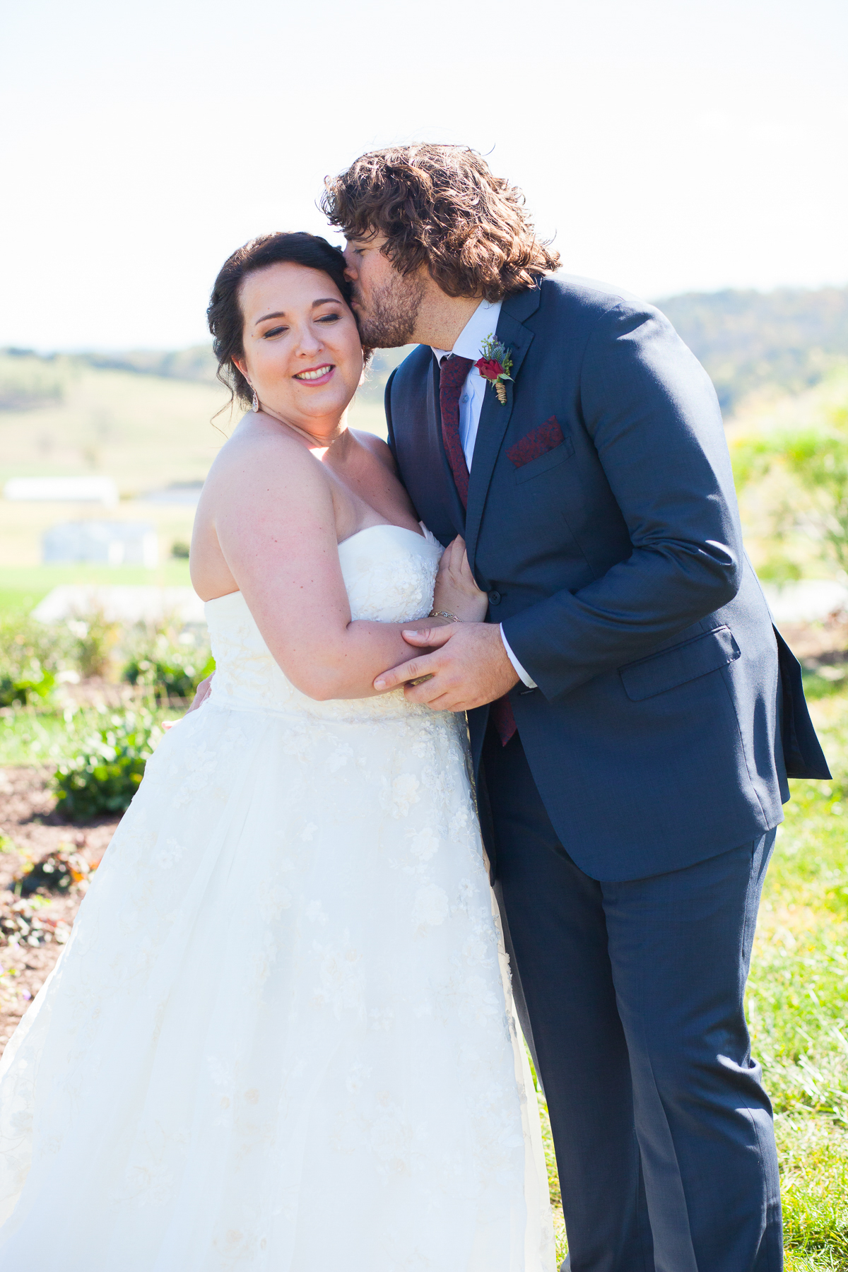 Mary + Patrick Wedding On Sunny Slope Farm Wedding Venue by Feather & Oak Photography (11 of 31)