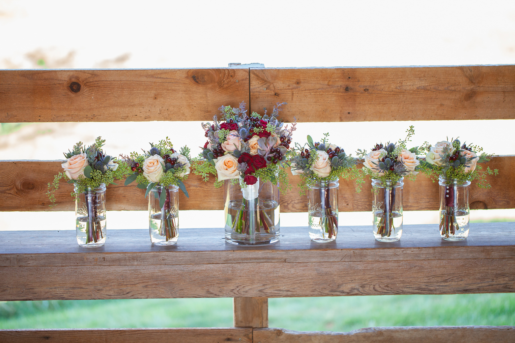 Mary + Patrick Wedding On Sunny Slope Farm Wedding Venue by Feather & Oak Photography (4 of 31)