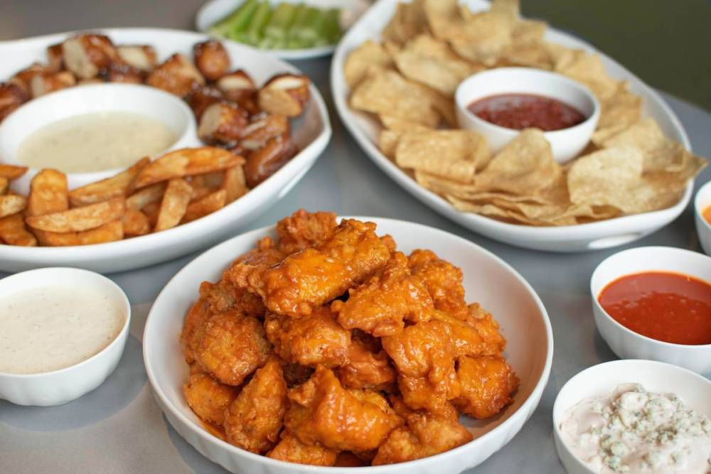 Buffalo Wings and Rings Chicago