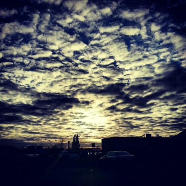What a day for a daydream! Fan photos of Ontario skies