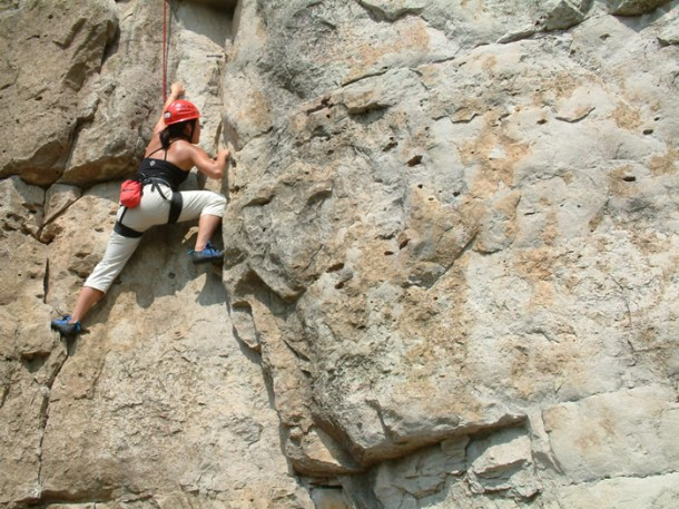 Rock-Climbing-One-AXE-Pursuits