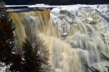 The massive falls encrusted in ice.