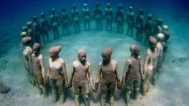 منحوتات تحت الماء للفنان Jason deCaries Taylor