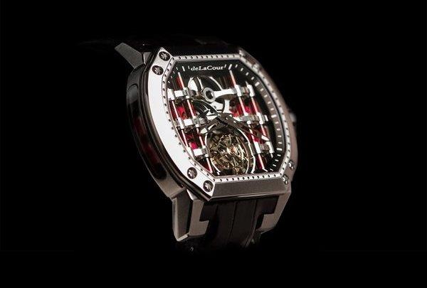 """ساعة اليد الأبداعية من دار """"ديلاكورdeLaCour"""""""