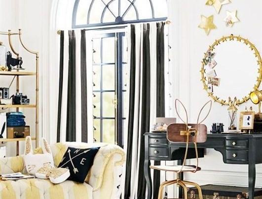 جيسيكا ألبا النجمة العالمية متألقة بجمالها وأيضاً في ديكور منزلها