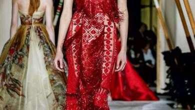 مجموعة من الفساتين الساحرة في اسبوع باريس للخياطة الراقية قدمها زهير مراد