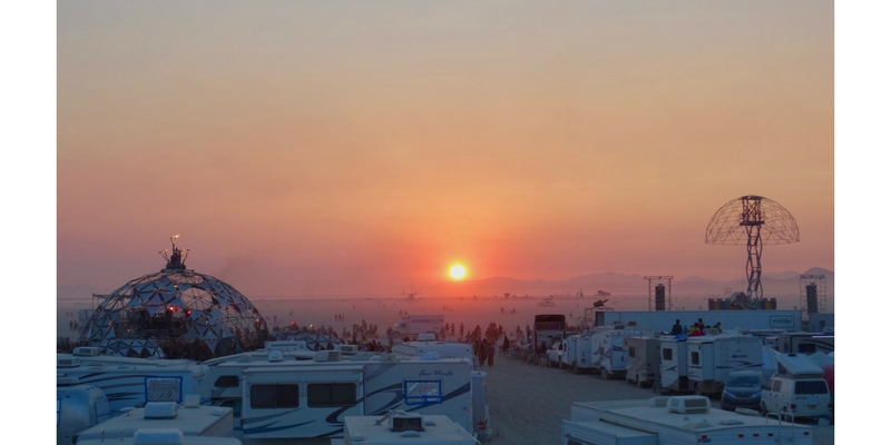 El último amanecer en Burning Man 2017. Foto: Steve Jurvetson