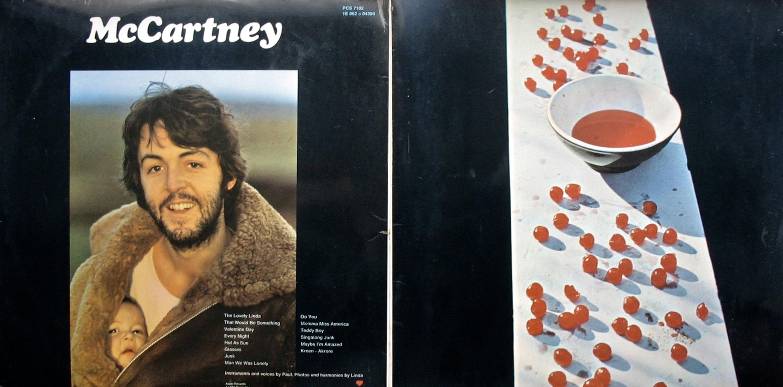 Resultado de imagen para Portada de álbum McCartney