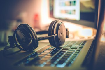 Digital Music Survey: What Format Are You Playing COVER